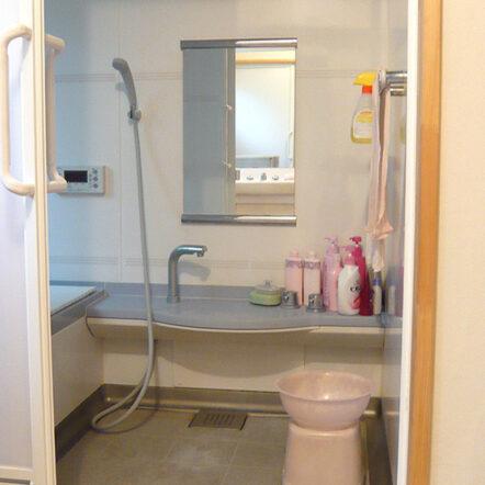 在来工法の浴室をユニットバスに