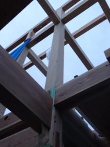 木組みの家 通し柱