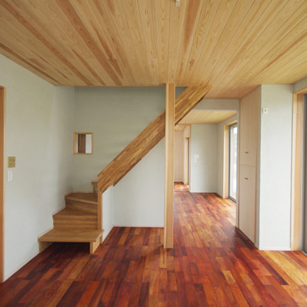 DIYで珪藻土塗り ~ご夫婦でつくり上げた空間~